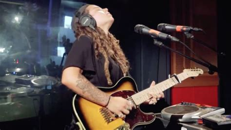Watch Tash Sultana Turn MGMT's 'Electric Feel' Into A Rock