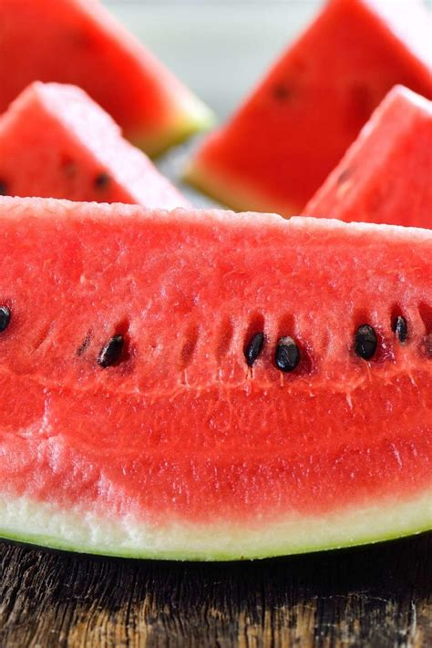 Low carb fruits and vegetables: 13 options